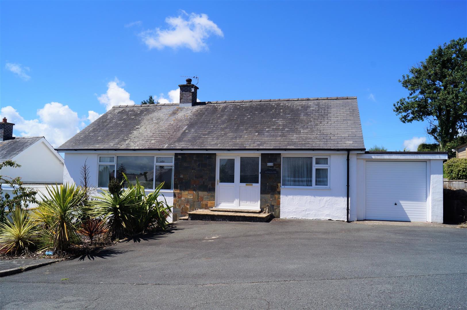 Lon Glenelen, Pwllheli - £275,000